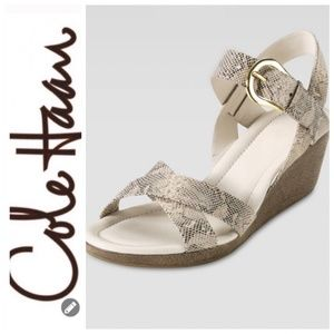 💕SALE💕 NWT Cole Haan Air Tali Snakeprint Sandals